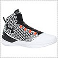 UNDER ARMOUR Clutchfit Drive 3 白/黒/ファイヤーレッド