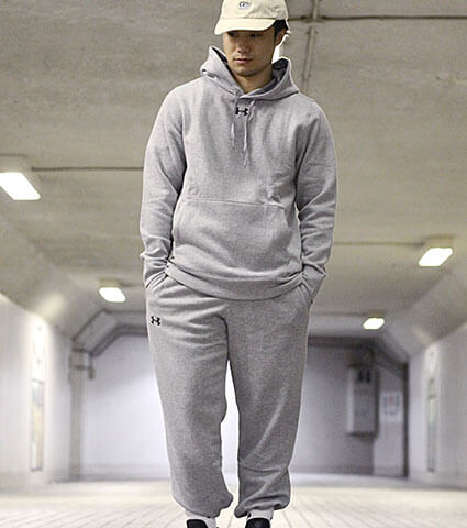 UNDER ARMOUR Team Unrivaled Pant 黒