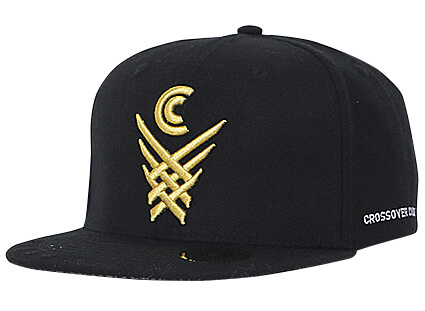 CROSSOVER CULTURE X Over Snapback 黒/金
