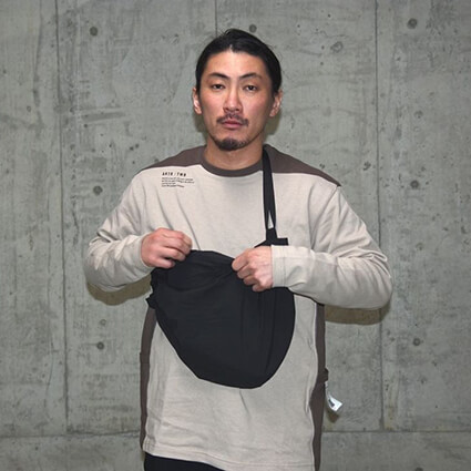 AKTR TWB Packable Sling Bag 黒